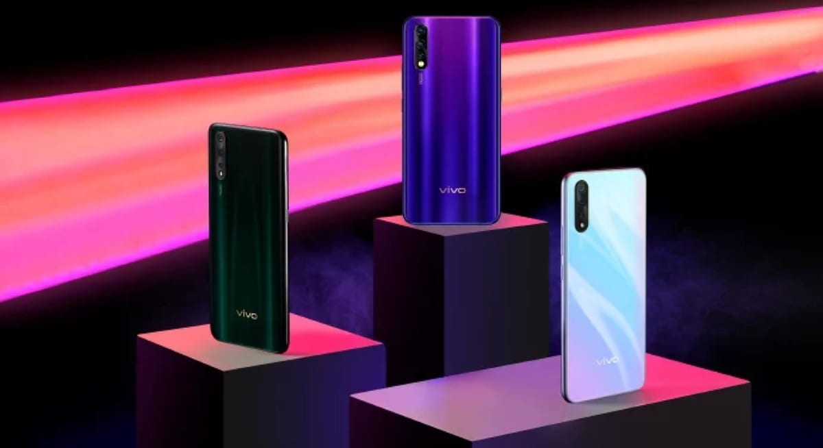 The premium design and curved screen of the Vivo Nex 3 are completely reflected in a sketch 2