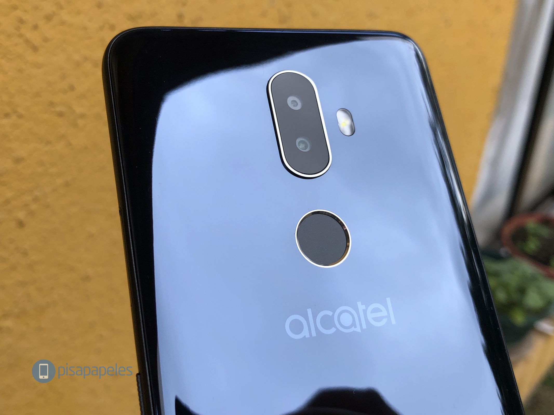 Review Alcatel 3V 2