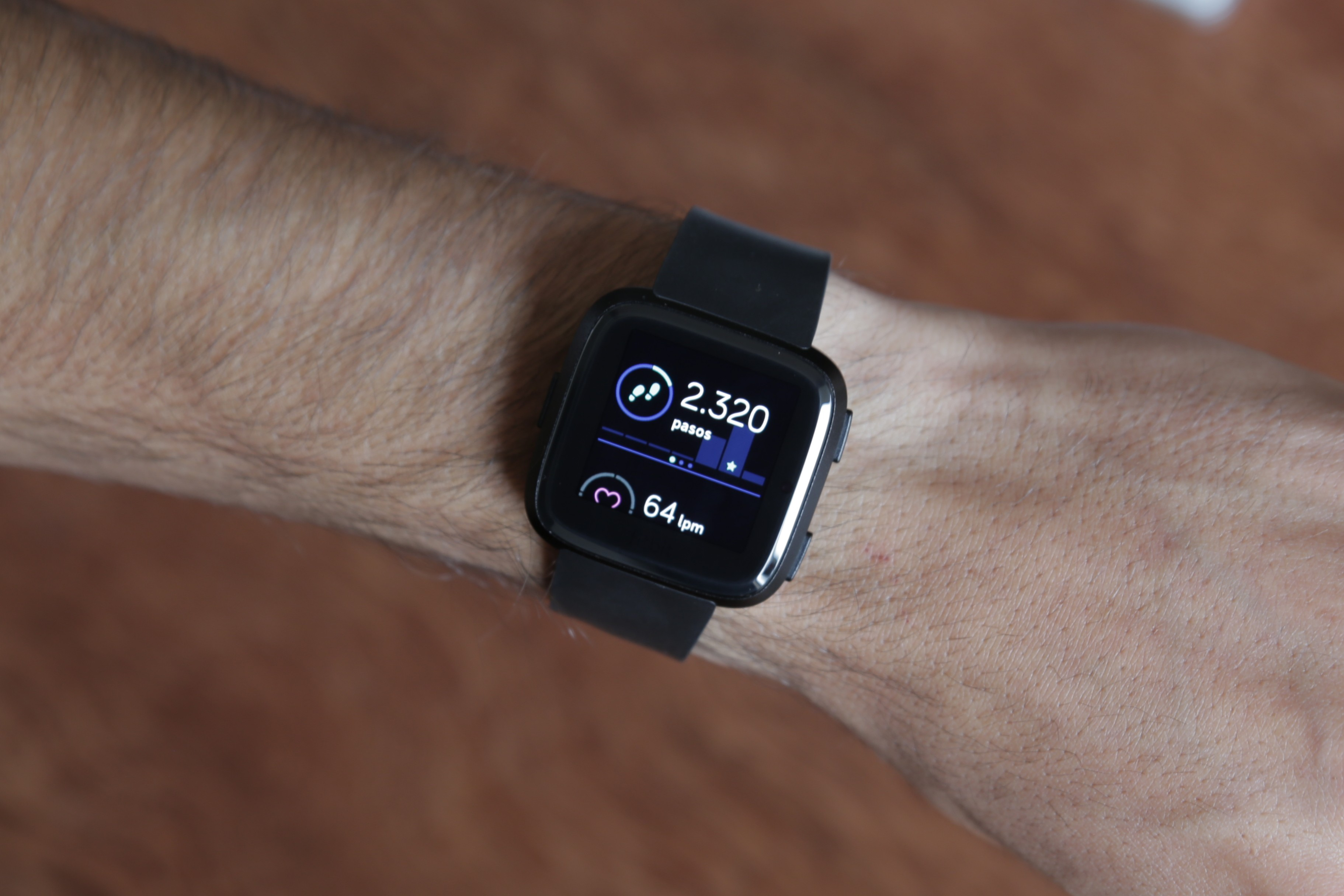 Review Fitbit Versa 8