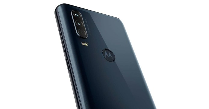 Motorola bets, with the One Action, for a 21: 9 format action camera 6