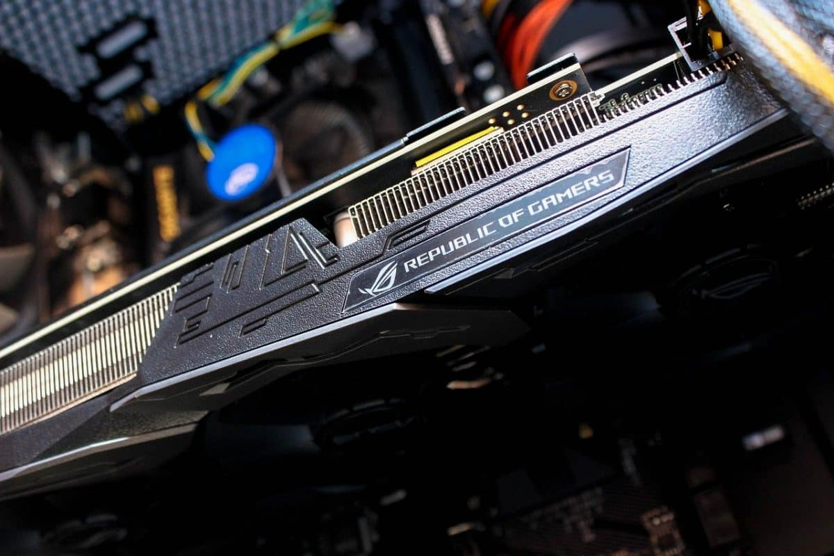 """Graphics Card """"width ="""" 1200 """"height ="""" 800"""