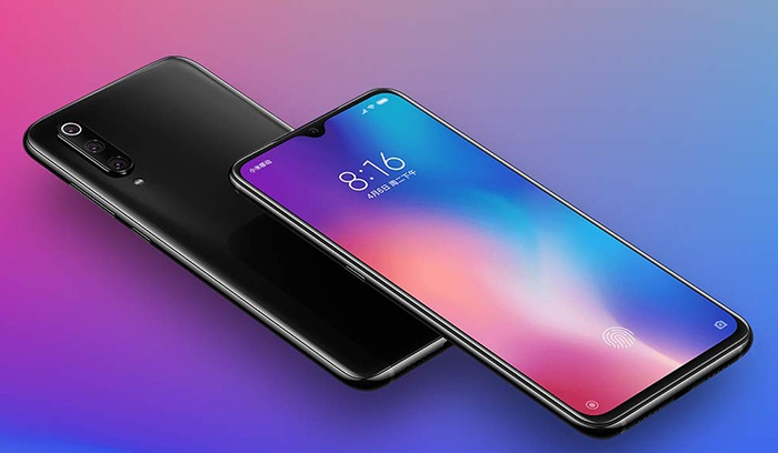 Diagonal front and rear view of the Xiaomi Mi 9