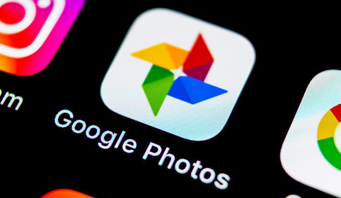 Google Photos began to test the function that allows you to color photos in black and white