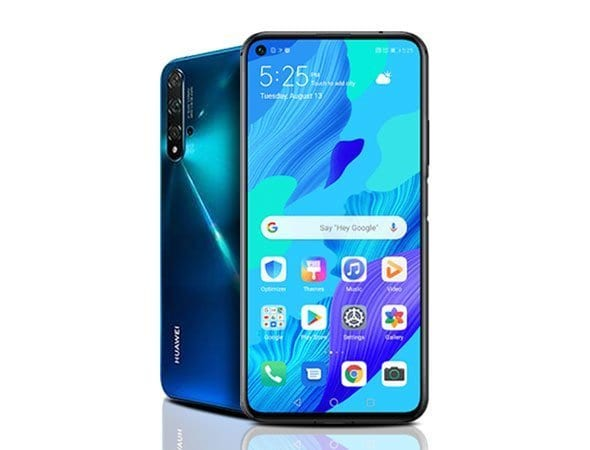 """A few days ago we have been talking about this promising design, because the company is committed with aluminum and glass materials that slightly surrounds the IPS screen being this 6.26 inches FullView Display, a Full HD + resolution and finally it can be contemplated at the end upper left front camera. """"class ="""" wp-image-35925 """"srcset ="""" https://tech-blogs.com/wp-content/uploads/2019/08/1566941428_674_Huawei-Nova-5T-is-official-good-specifications-and-design-for.jpg 590w, https: // clubtech.es/wp-content/uploads/2019/08/huawei-nova-5T-300x229.jpg 300w, https://clubtech.es/wp-content/uploads/2019/08/huawei-nova-5T-80x60 .jpg 80w, https://clubtech.es/wp-content/uploads/2019/08/huawei-nova-5T-551x420.jpg 551w """"sizes ="""" (max-width: 590px) 100vw, 590px"""