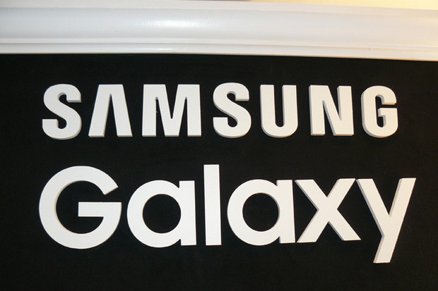 Galaxy S10 X would be Samsung's first 5G mobile and with six photographic sensors 4
