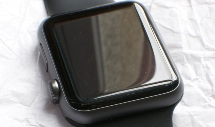 Image Apple Watch with cracks