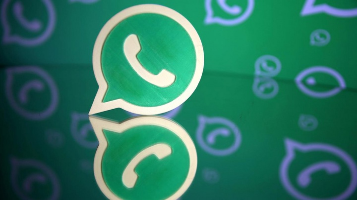 Whatsapp messaging app Facebook Android