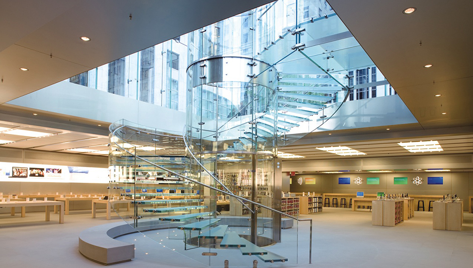 Apple explains why its official stores, the Apple Store, they are made of glass 5