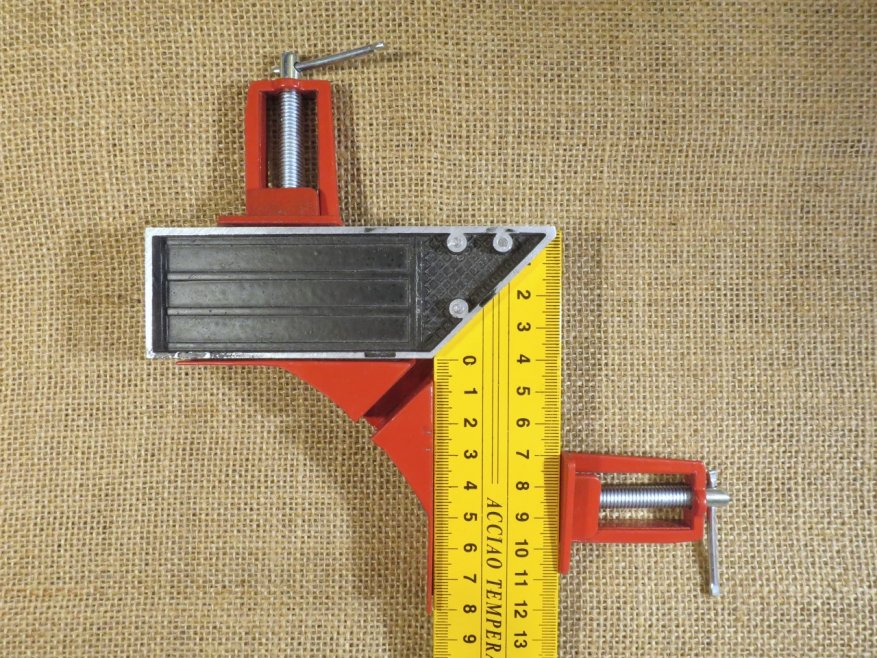Angle clamp: a small, inexpensive, but very useful tool 2