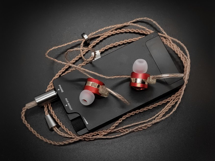 TFZ Tequila 1: bright design headphones with high-quality sound 48