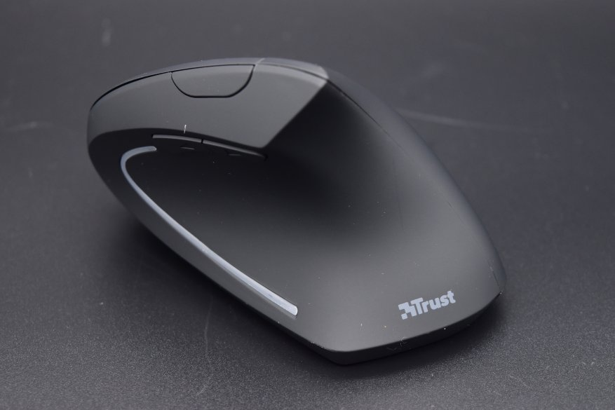 Trust Verto Ergonomic: an unusual ergonomic mouse 4