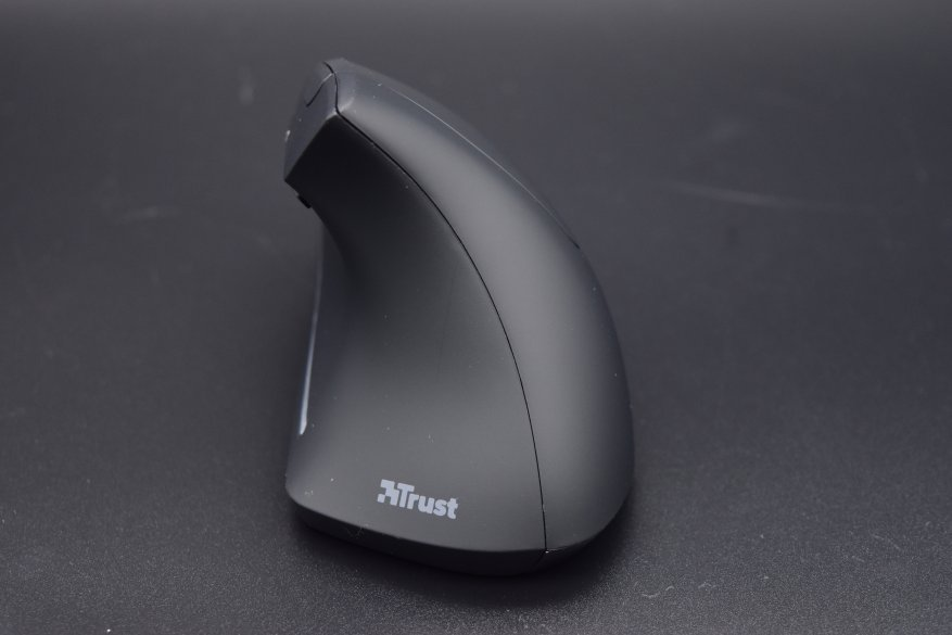 Trust Verto Ergonomic: an unusual ergonomic mouse 7