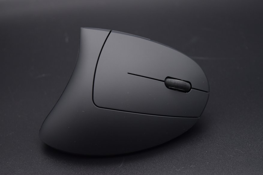 Trust Verto Ergonomic: an unusual ergonomic mouse 8
