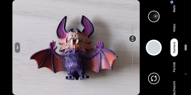 The zoom slider in Google Camera v7 now also shows the zoom level. | (c) Areamobile