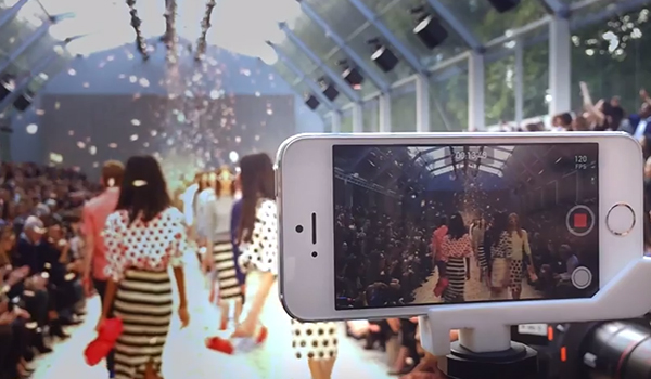 On the Runaway - Burberry iPhone 5s video