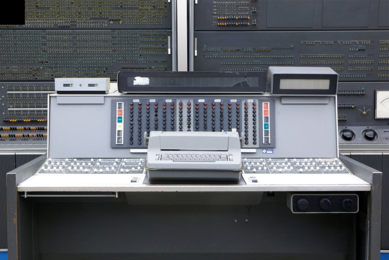 The Characteristics of Second Generation Computers