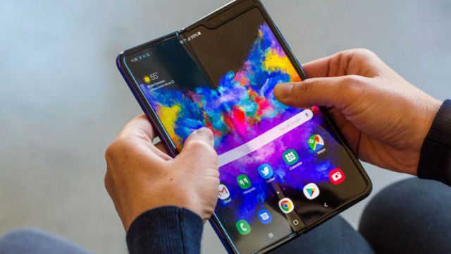 from Samsung Galaxy Fold  Offer to Facilitate Screen Replacement