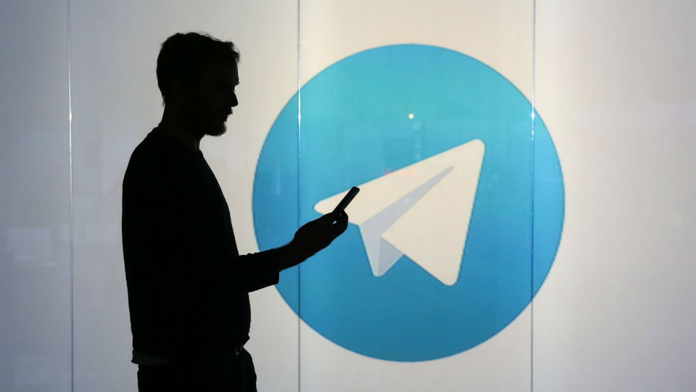 How to schedule messages on Telegram