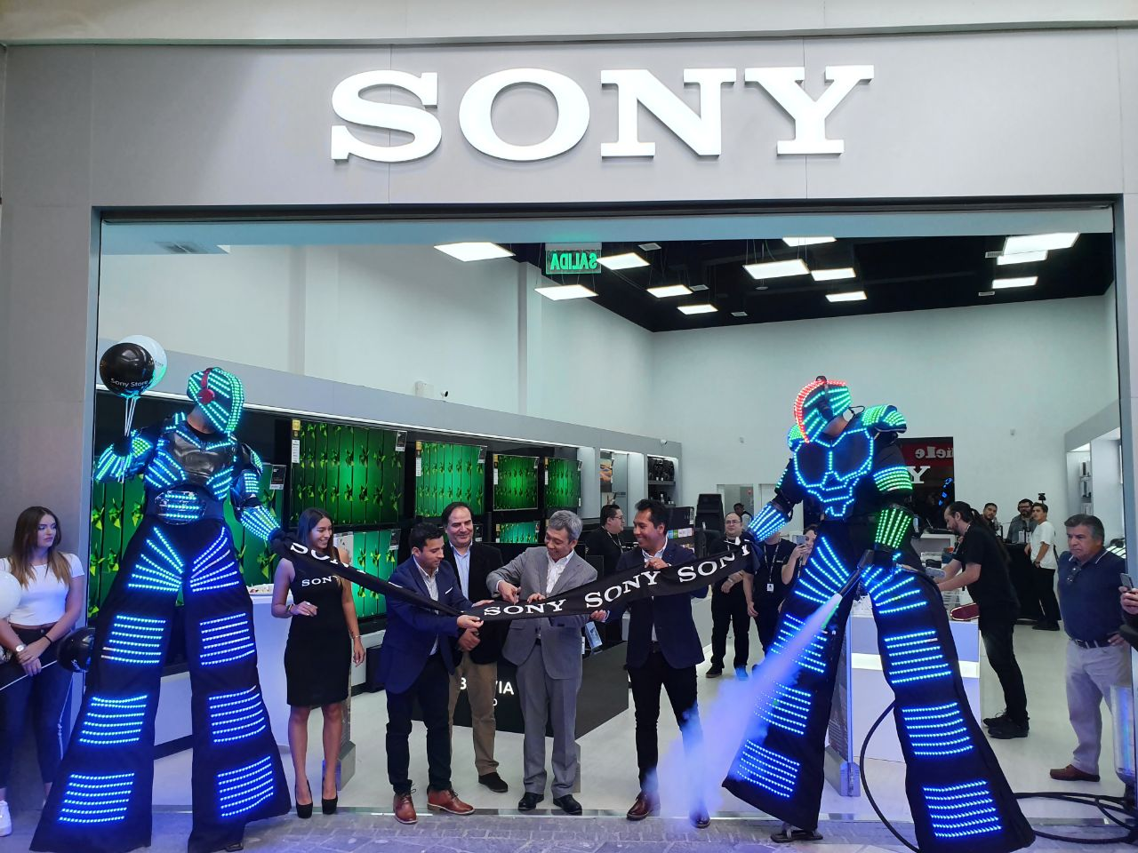 Sony Chile opens two new stores in Parque Arauco and Arauco Maipú 5