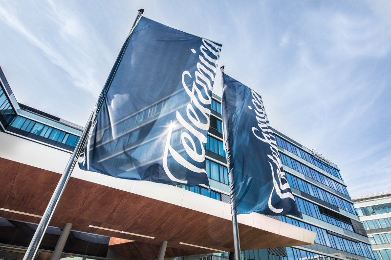 Teléfonica Germany wants to sell mobile towers because of debt