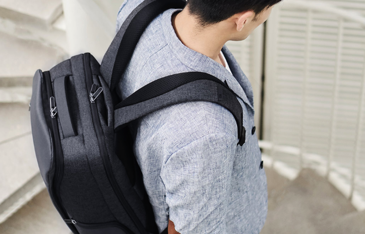 Xiaomi renewed her Business Travel backpack. Now with better features and finishes.