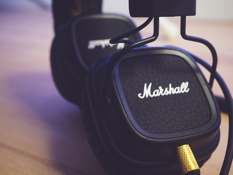 What are the 9 best brands of headphones?