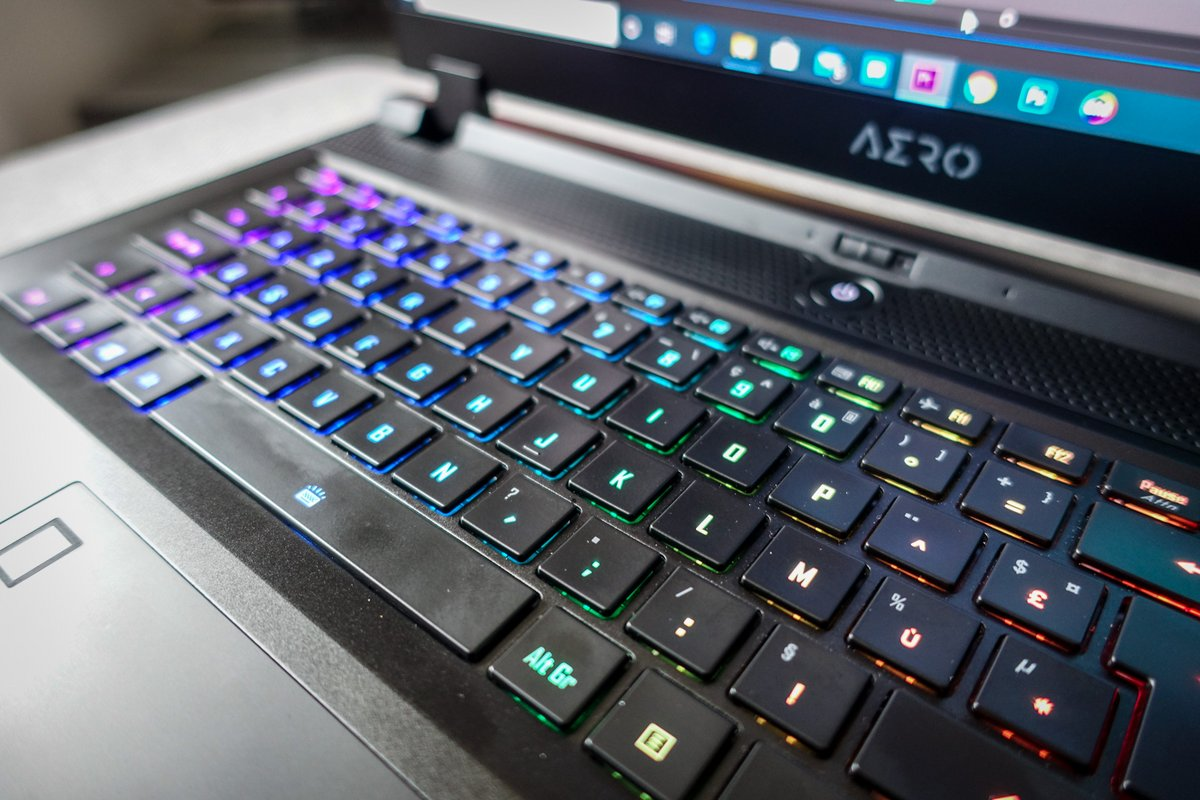 Gigabyte Aero 17 HDR, the keyboard