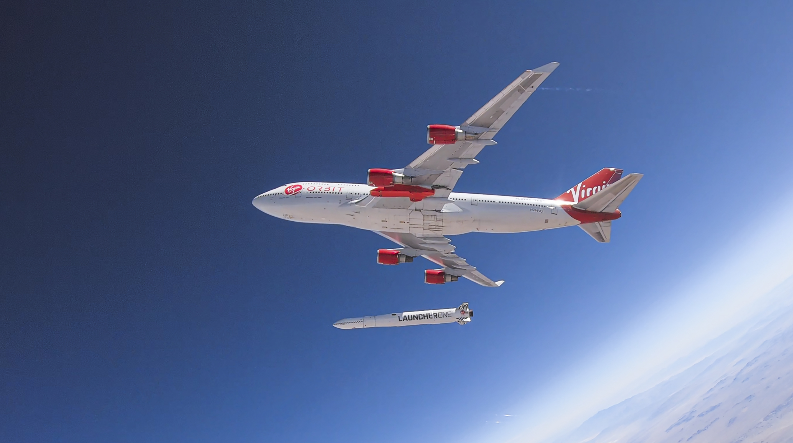 First launch of a rocket by Virgin Orbit, the company of billionaire Richard Branson, failed