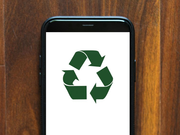 How to recycle old phones, laptops, batteries and televisions