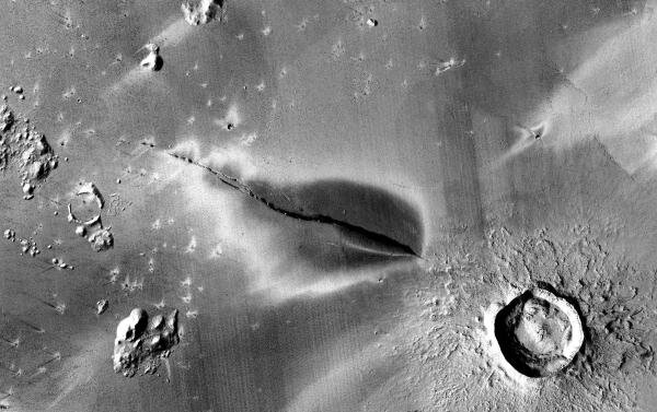 Habitable Mars?  Active volcanoes indicate that there is 'little' time, yes