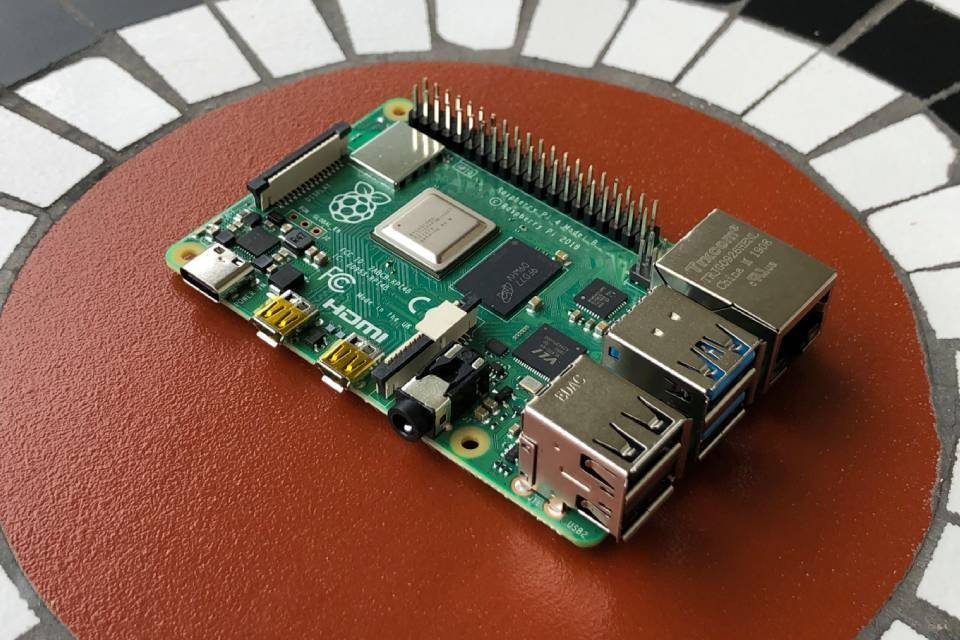Raspberry Pi 4 arrives with 8GB of RAM for $75