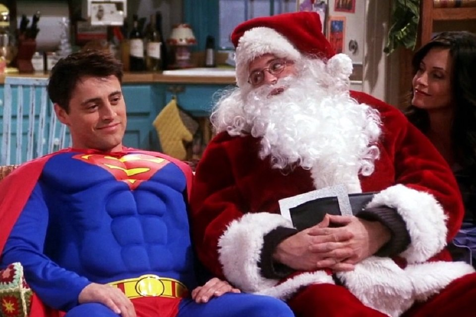 See the 10 best Christmas costumes from series characters